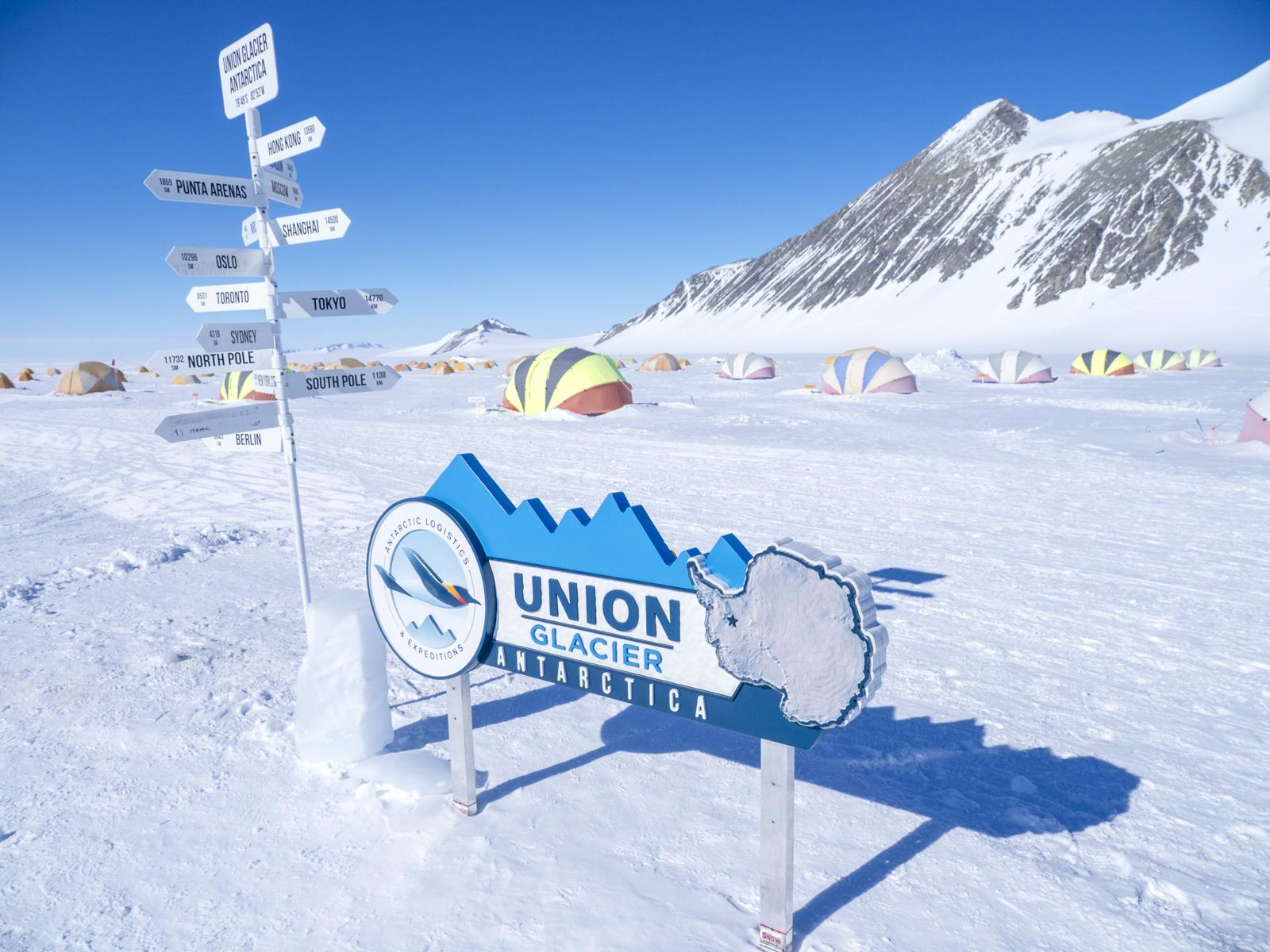 Union Glacier - Tourismus in der Antarktis