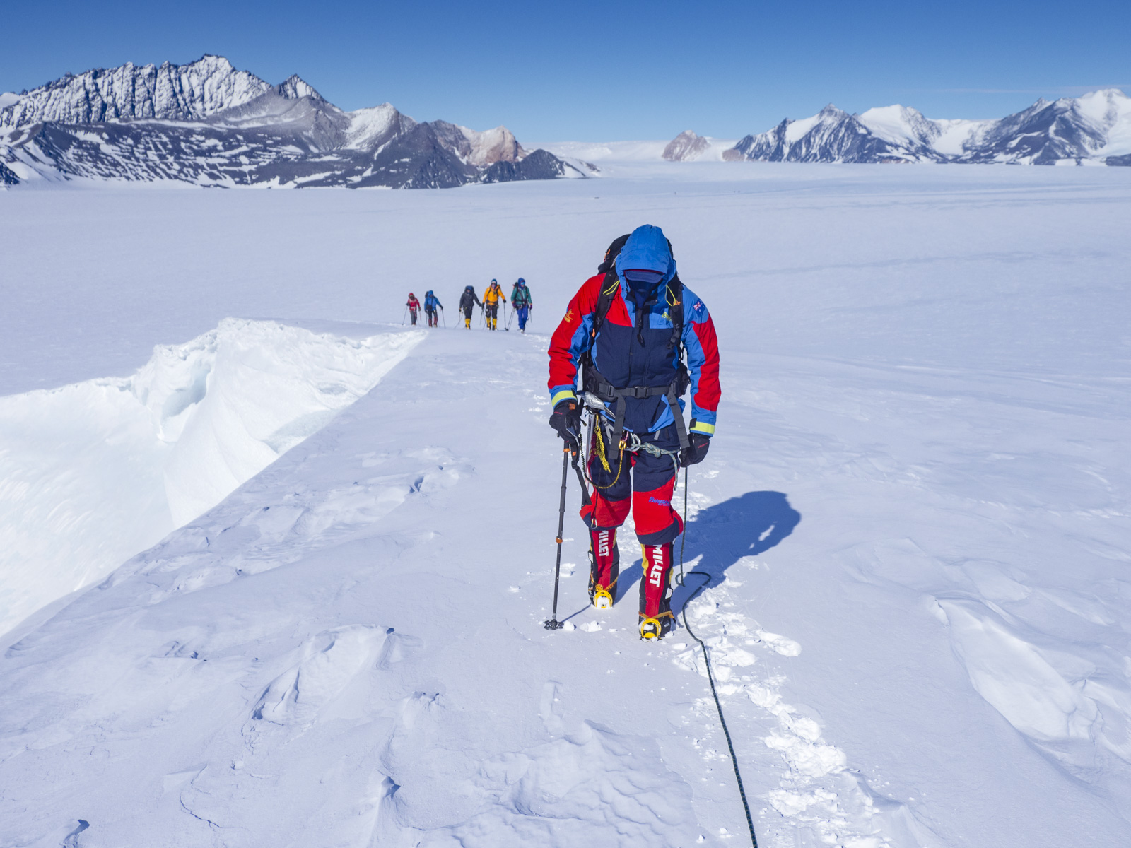 Olympus Antarktis Trailer