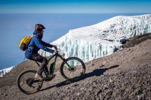 Auf 5.800m am Gletscher vorbei