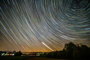 Lichtverschmutzung, StarLink und Startrails