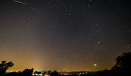 Meteor oder Satellit?